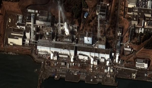 fukushima_i_by_digital_globe_2-resized-600